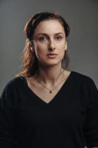 Ruth Bequart als De Pelsmaecker, cast Over Water