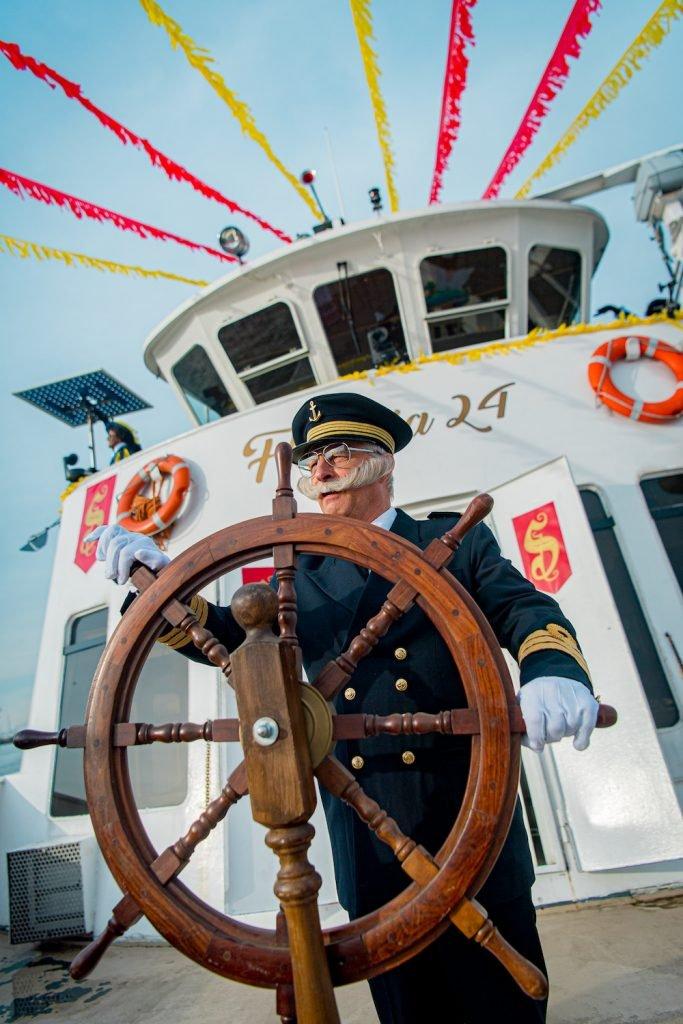Kapitein stoomboot Sinterklaas 2019