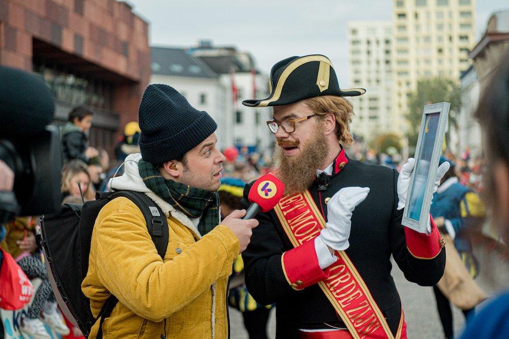 Reporter tijdens intocht Sinterklaas Antwerpen 2019