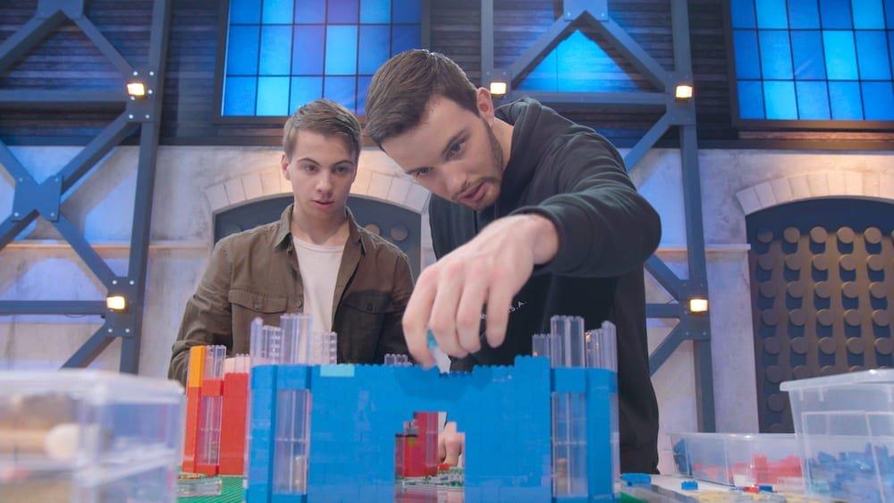 Martijn Brinkman en Jos van Uum in actie bij Lego Masters