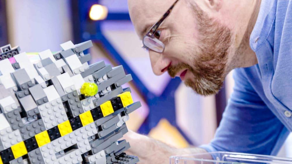 Opperste concentratie tijdens LEGO Masters Nederland België