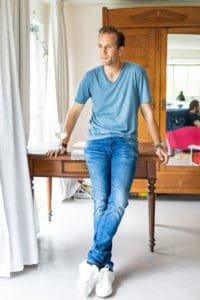 Bart uit Dertigers wordt in Nederland gespeeld door Lykele Muus