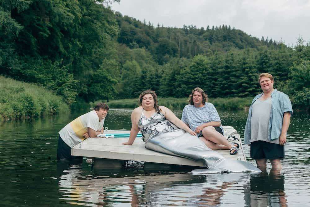 Marjan De Schutter als Zeemeermin in Albatros met Benny Claessens, Dominique van Malder en Francois Neyken