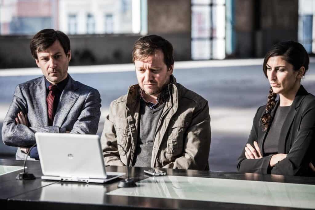 Veel bekende acteurs en actrices in eerste seizoen De Bunker, zoals Mathias Sercu