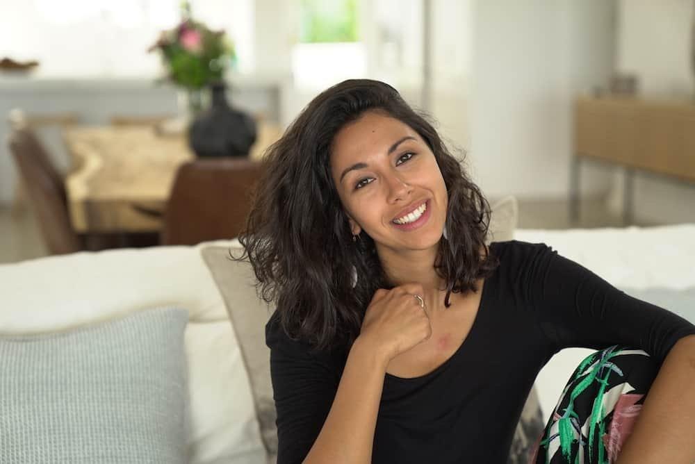Danira Boukhriss te gast in Die Huis - te zien in de zomer van 2020 in Het Huis op Eén