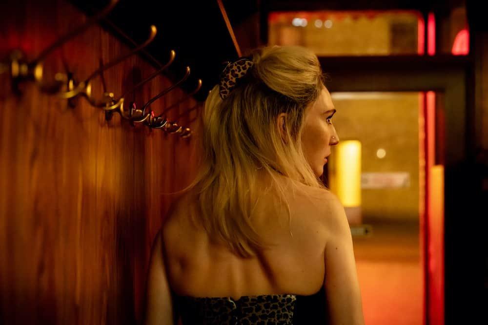 Carice van Houten in Red Light - BNNVARA