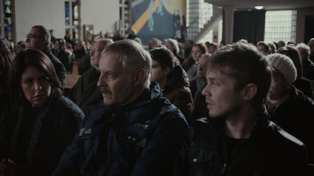 Tiny Bertels, Johan Van Assche en Joren Seldeslachts cast Beau Sejour