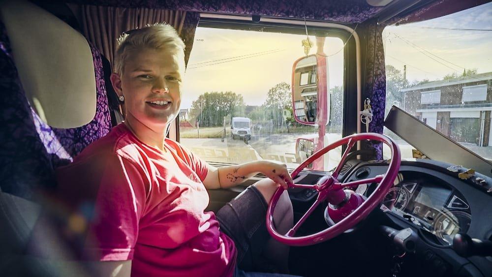 Ulrycke Pattyn (De Rebel) Lady Truckers VTM 2