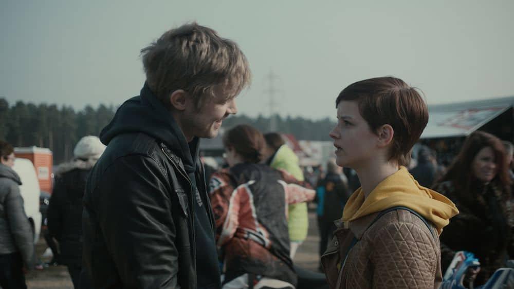 Joren Seldeslachts en Lynn Van Royen komen elkaar vaak tegen op de set, deze keer in de cast van Beau Sejour