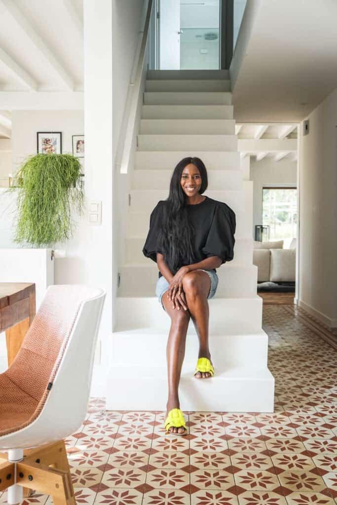 Elodie Ouedraogo één van de gasten in Het Huis 2020